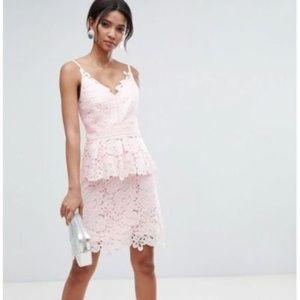Ted Baker NADIIE Lace peplum Dress 0/3 (NEW)